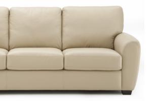 Como fazer a limpeza de um sofá
